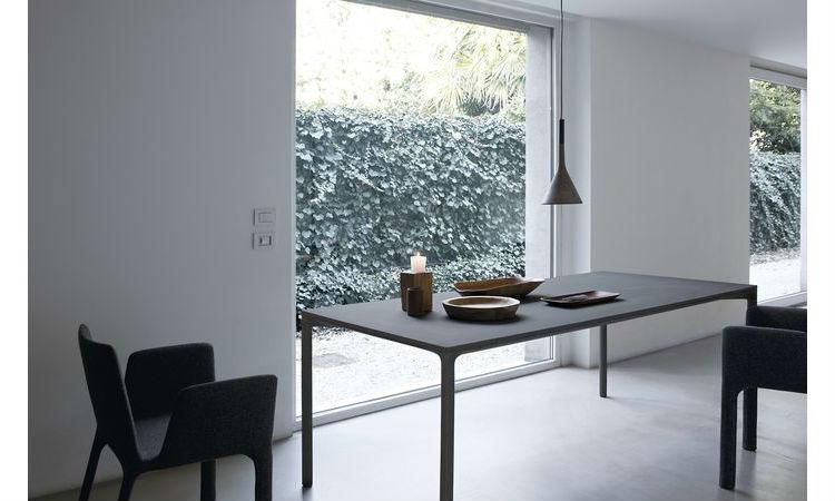 Table BOIACCA Indoor/Outdoor de Kristalia