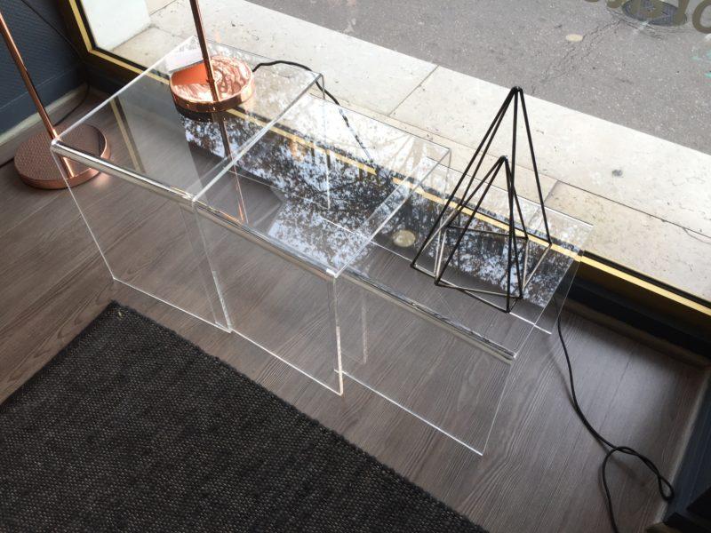 Jeu de 3 tables gigognes – 20% sur le modèle d'exposition