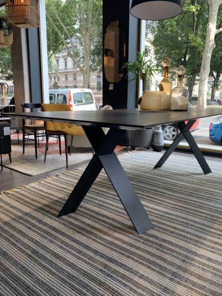 Table TAILOR Fixe de PRESOTTO a -30% en modèle d'exposition